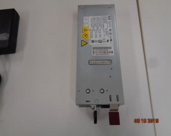 01 Fonte Alimentadora de Servidor Modelo: DPS-800GB A